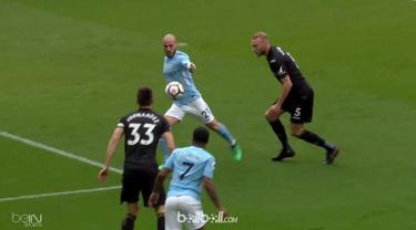 Manchester City berpesta gol ke gawang Swansea City meski sudah memastikan gelar juara Liga Inggris dengan skor 5-0, Minggu (22/4)...