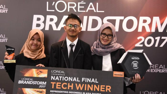 Pemenang TECH Challenge Ganeshanovation dari ITB (L'Oréal Indonesia)