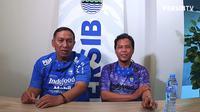 Mantan Penggawa Persib Bandung, Asep Somantri dan Anwar Sanusi. (Tangkapan layar Youtube PersibTV)