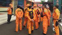 Tiga tim rescue Kantor SAR Bandung dikirimkan ke lokasi banjir Jabodetabek untuk membantu evakuasi warga. (Dok. Basarnas)