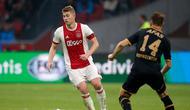 Manajer Manchester City, Pep Guardiola, kabarnya tertarik mendatangkan bek muda Ajax, Matthijs de Ligt, untuk memperkuat lini belakang tim musim depan. (Instagram/@mdeligt_)