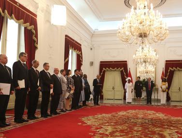 Presiden Jokowi Terima Surat Kepercayaan dari 13 Dubes Negara Sahabat