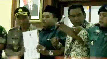 VIDEO: Masyarakat Tanjung Balai Tanda Tangani Kesepakatan Damai