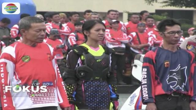 Ribuan anggota komunitas motor trail se-Jawa Barat deklarasikan pemilu aman dan damai di Lapangan Mapolda Jabar.
