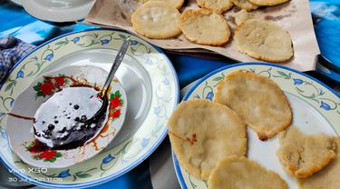 Kue cacah khas Nagari Koto Alam Limapuluh Kota. (Liputan6.com/ Novia Harlina)