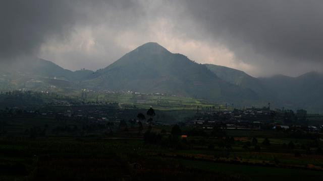 Fakta Vs Kisah Mistis Dusun Di Dieng Yang Lenyap Dalam Semalam