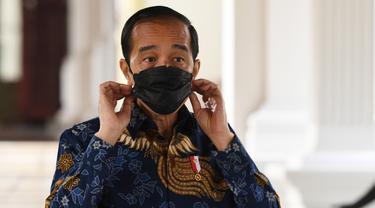 Presiden Jokowi merespons kritikan BEM UI yang menyebut dirinya The King of Lip Service