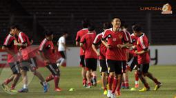 Sebanyak 23 pemain Timnas Cina mengikuti sesi latihan di Stadion GBK Jakarta untuk menghadapi Timnas Indonesia (Liputan6.com/ Helmi Fithriansyah)