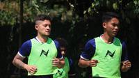 Syamsir Alam berlatih bersama Borneo FC di Batu, Malang. (Bola.com/Iwan Setiawan)