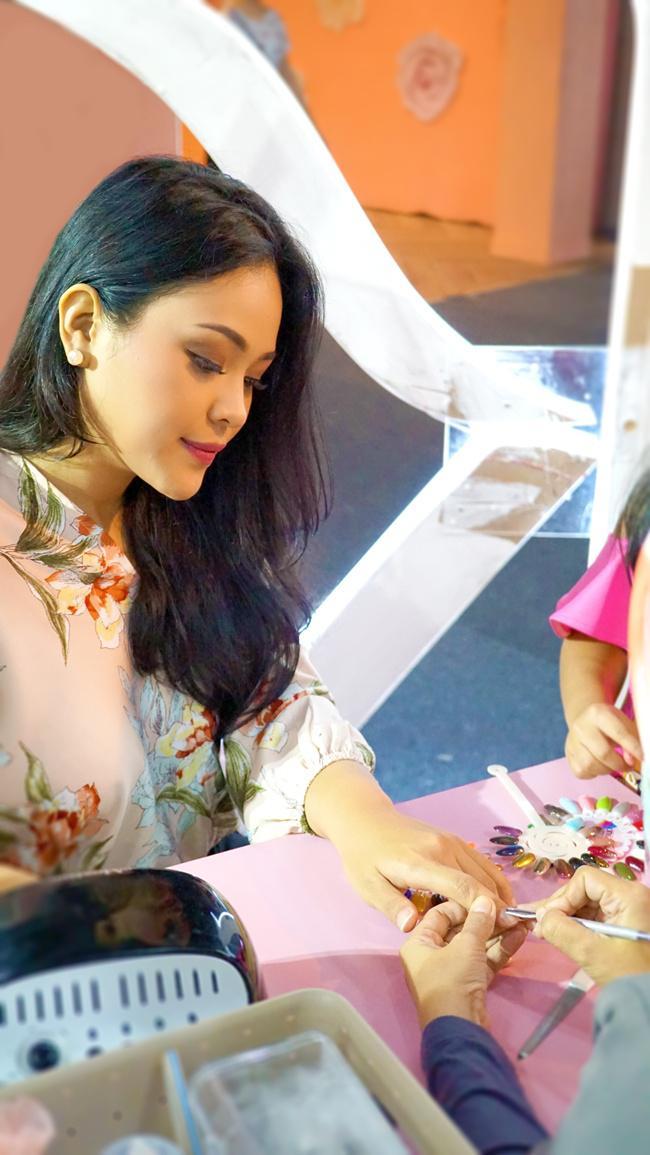 Perawatan nail art di PK Beauty Space