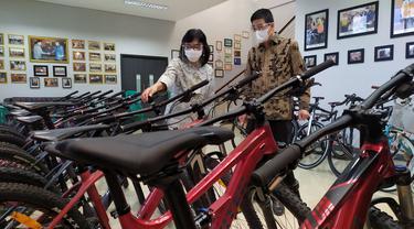 Direktur Jenderal Industri Kecil, Menengah dan Aneka (IKMA) Kementerian Perindustrian Gati Wibawaningsih menghadiri MoU dan MOA dalam rangka Penguatan Peran IKM dan Industri Sepeda di Bogor, Kamis (3/12/2020).