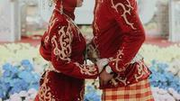 Salma dan Asnawi Pasangan Tuli Resmi Menikah Keduanya bertemu dalam pelatihan vokasional Loka Rehabilitasi Sosial Penyandang Disabilitas Sensorik Rungu Wicara (LRSPDSRW) Meohai, Kendari. Foto: Biro Humas Kemensos