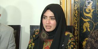 Yulia Mochamad merasa dirugikan dengan isu istri ketiga Opick.
