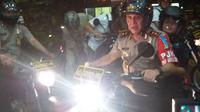 Kapolda Metro Jaya memantau keamanan Ibu Kota dengan sepeda motor. (Liputan6.com/Hanz Jimenez Salim)