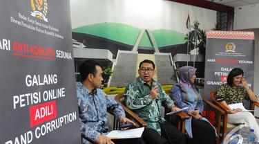 Badan Kerja Sama Antar Parlemen (BKSAP) mengadakan jumpa pers di Gedung DPR, Senayan, Jakarta, Selasa (9/12/2014). (Liputan6.com/Andrian M Tunay)