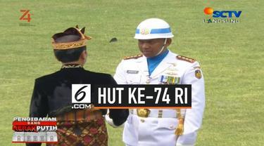 Usai menjadi pimpinan upacara HUT ke-74 RI, Presiden Jokowi sempat turun mimbar menyalami sebagain tamu undangan. Jokowi juga menyalami pemimpin upacara yang bertugas pagi ini.
