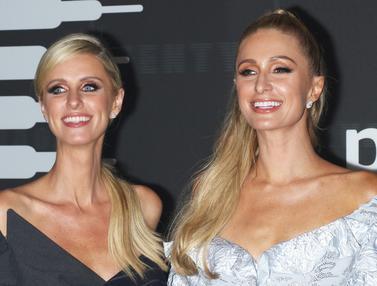 Adu Cantik Paris Hilton dan Adiknya di NYFW 2019