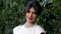 Priyanka Chopra bermurah hati menunjukkan kemampuannya dengan cuma-cuma (Instagram/@priyankanetwork)