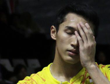 Tunggal putra Indonesia, Jonatan Christie, tampak lelah saat melawan tunggal Denmark. (Bola.com/Yoppy Renato)