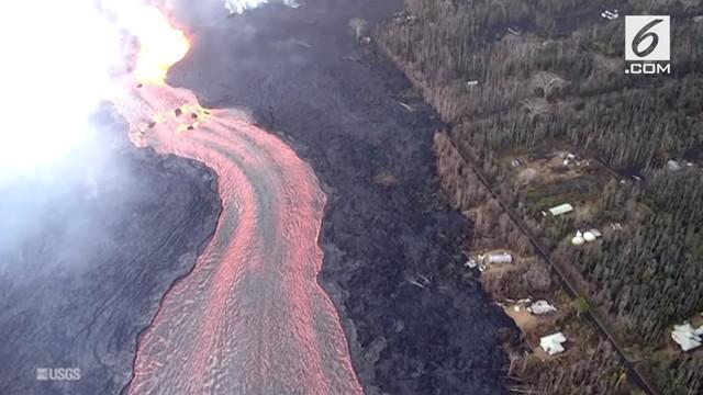 Aliran lava panas Gunung Kilauea di Hawaii menyebar ke pemukiman penduduk. Menyebabkan ratusan rumah hancur.
