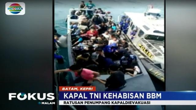 Saat berangkat kapal cepat yang ditumpangi para TKI ilegal ini kehabisan bahan bakar saat berlayar dari Malaysia hendak menuju Batam.