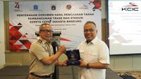 Sebanyak 356 bidang tanah di Cipinang Melayu, Jakarta Timur, diserahterimakan oleh Kepala Pertanahan Wilayah Jakarta Timur kepada PT Pilar Sinergi BUMN Indonesia.