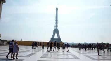 Ilustrasi Menara Eiffel