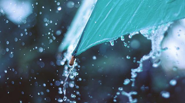 Ilustrasi hujan lebat yang jadi prediksi BMKG. (smoothyeti.tumblr.com)