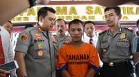 kasus suami jual istri di Pasuruan terungkap setelah sang istri melaporkan peristiwa itu ke polisi (Liputan6.com/ Dian Kurniawan)