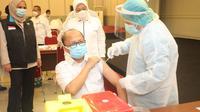 Sebanyak 4.422 pegawai Kementerian Ketenagakerjaan mengikuti vaksinasi COVID-19. (Dok. Kemnaker)