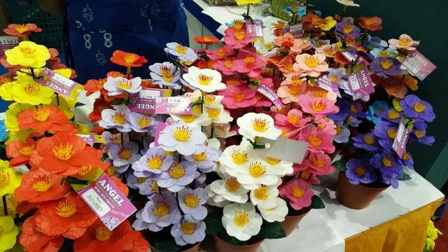 Cara Membuat Bunga Dari Sedotan Plastik Untuk Manfaatkan Limbah