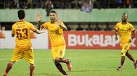 Selebrasi pemain Sriwijaya FC saat lawan Arema di Piala Presiden 2018 (Liputan6.com/Fajar Abrori)