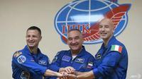 Astronaut dari tiga negara siap meluncur ke ISS (AFP / Kirill KUDRYAVTSEV)