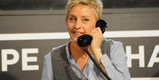 Ellen DeGeneres telah mengakui dirinya adalah seorang lesbian. Ia  menyatakan diri sebagai lesbian pada Februari 1997 dan ia sama sekali tidak menyangka akan mengakui hal tersebut. (Bintang/EPA)