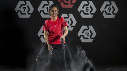 Karateka Indonesia, Ceyco Georgia, latihan fisik di Tatsujin MMA South Quarter, Jakarta, Kamis (21/7/2018). Dirinya merupakan salah satu karateka yang akan turun pada Asian Games XVIII. (Bola.com/Vitalis Yogi Trisna)
