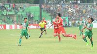 PSMS saat menghadapi Persija di Stadion Teladang Medan pada lanjutan Gojek Liga 1 (Liputan6.com/Reza Efendi)