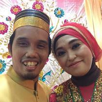 Ustaz Nur Maulana dan Nuraliyah Ibnu Hajar (Dok.Instagram/@m_nur_maulana/https://www.instagram.com/p/BPgp9M4FmAT/Komarudin)