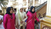Suasana akad nikah Muzdalifah dan Fadel Islami di kawasan Tangerang, Banten, Sabtu (26/4/2019) pagi. (Sapto Purnomo)
