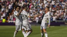 Cristiano Ronaldo berhasil membuka keunggulan Real Madrid di menit ke-21. Eksekusi tendangan bebas CR7 melesat mulus masuk ke dalam gawang Eibar (AP Photo/Andres Kudacki)
