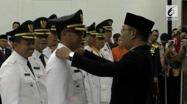 Ridwan Kamil melantik 6 kepala daerah di lingkungan Jawa Barat.