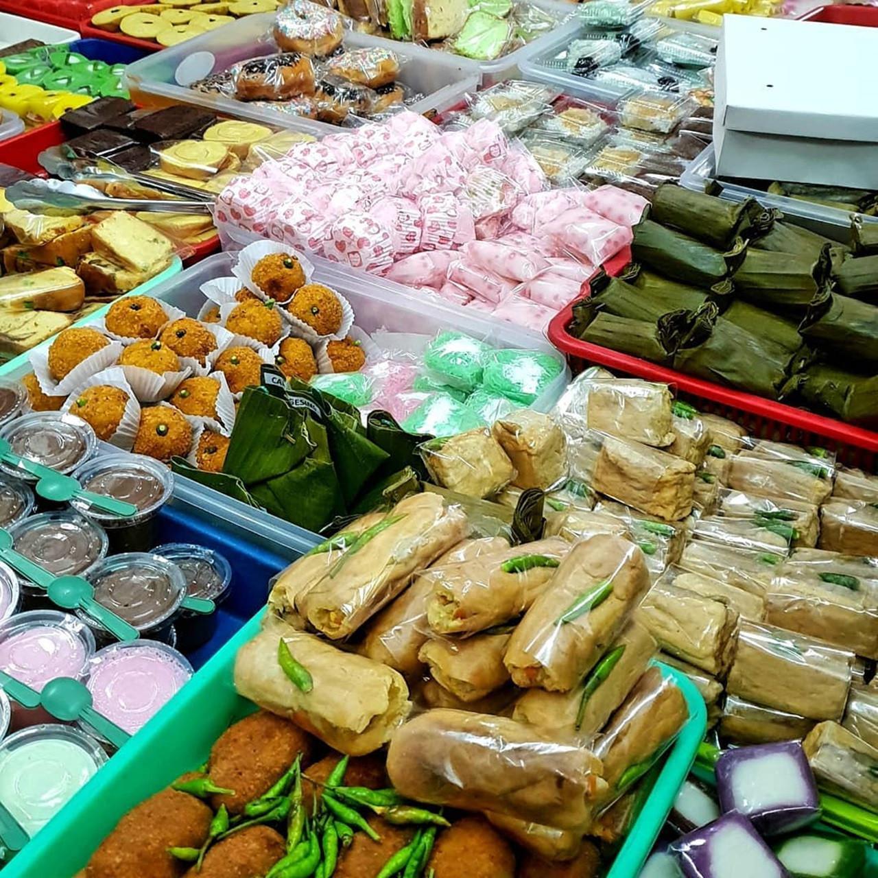 Jajanan pasar di Pasar Kranggan, Yogyakarta. (dok. Instagram @fatikwijaya/https://www.instagram.com/p/BrGwvVoFHNB/)