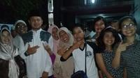 Calon Wali Kota Bogor Bima Arya di tengah-tengah warga (Liputan6.com/Achmad Sudarno)