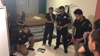 Satgas Antimafia Bola menggeledah apartemen milik Plt Ketua Umum PSSI Joko Driyono. (Ist)