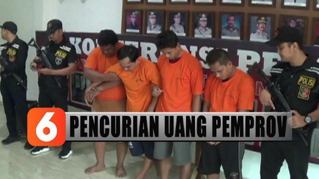 Komplotan ini mencuri uang milik pemprov dari dalam mobil dinas yang diparkir di halaman kantor gubernur Sumatera Utara.