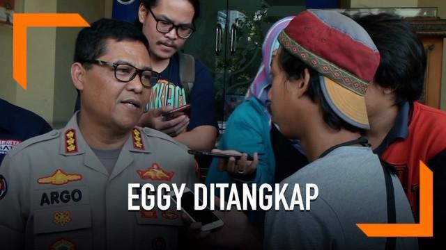 Polisi menangkap Eggy Sudjana usai menjalani pemeriksaan dugaan kasus makar. Kini polisi mengungkapkan alasan kenapa Eggy harus ditangkap.