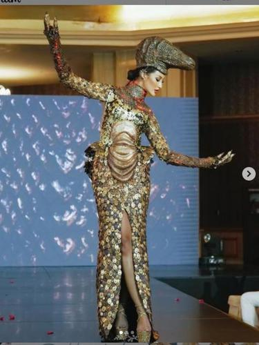 Rr Ayu Maulida Putri Siap Tampil di Miss Universe 2020