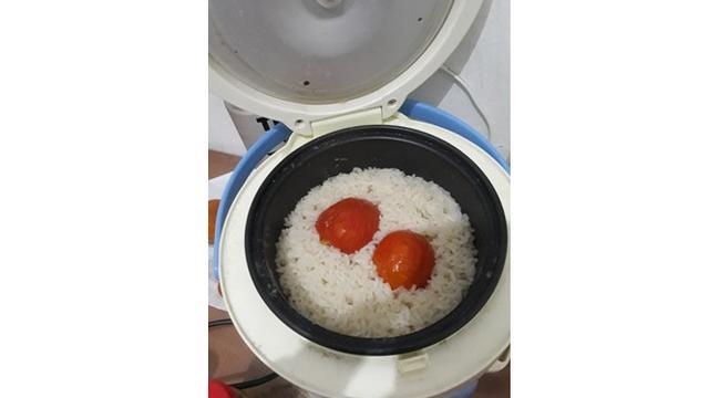 6 Cara Masak Pakai Rice Cooker ala Anak Kos Ini Kreatif Banget