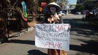 Aksi solo wanita muda pada Hari Anak di Garut  (Liputan6.com/Jayadi Supriadin)