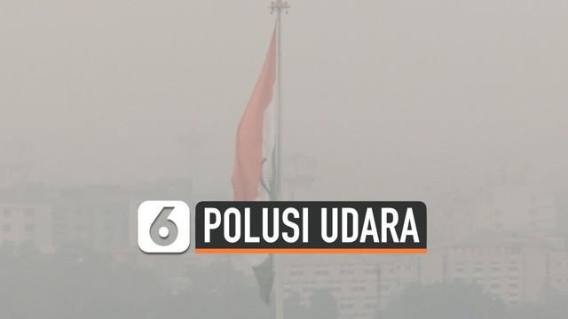 Kualitas udara di kota New Delhi India kian mengkhawatirkan. Pekatnya udara mengancam kesehatan warga dan ganggu jadwal penerbangan.