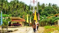 Tower telekomunikasi yang berdiri di Desa Pekajang tapi tidak berfungsi (Foto:Net/Zonakepri)